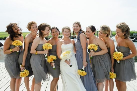 Grey bridesmaid dress with yellow shoes